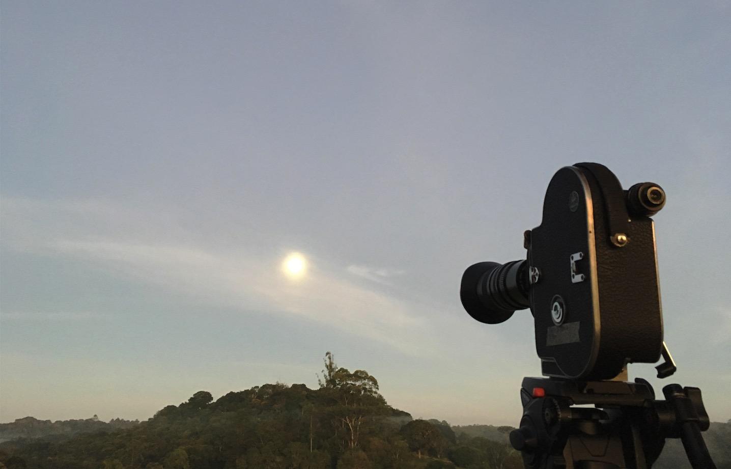 """Making Of de """"To the Moon"""" Co-Produção e Fotografia 16mm de Ivan Salomão e Rodrigo Sousa & Sousa em Embú-Guaçú, São Paulo, para Tadhg O'Sulivan (Irlanda) (2019)"""